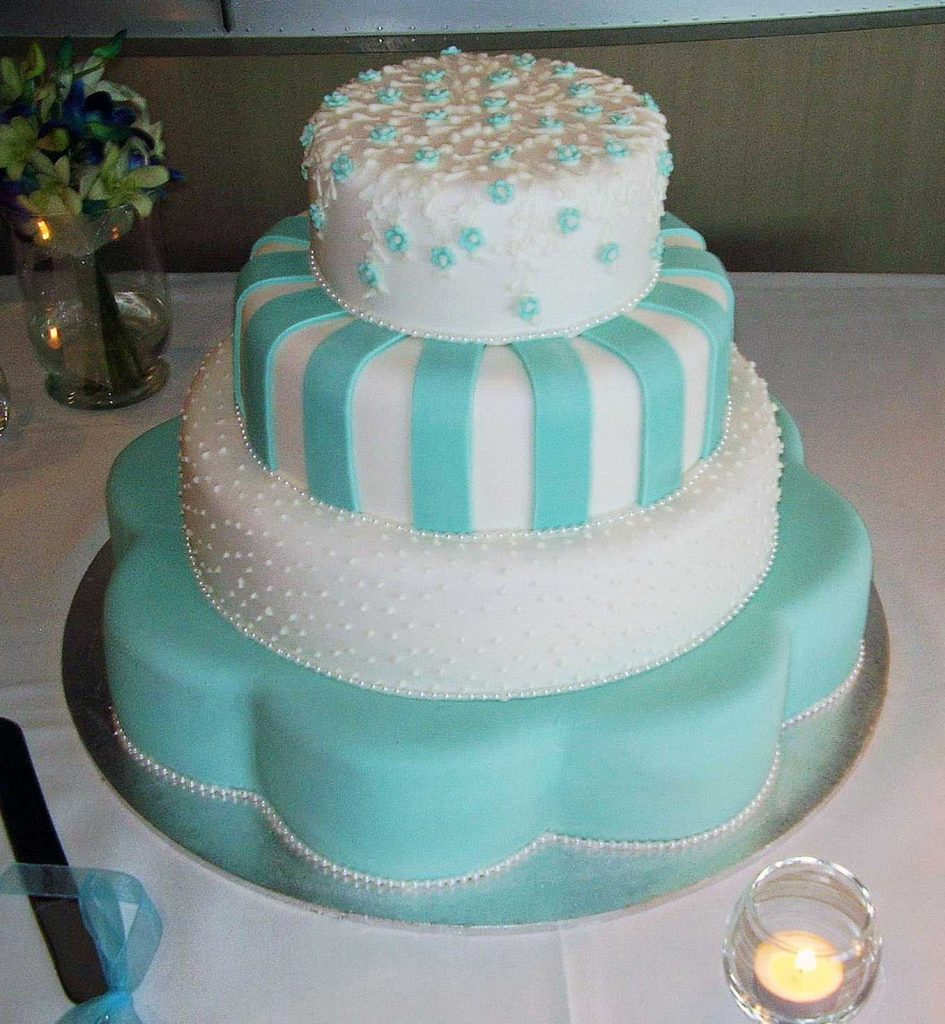 Goldsteins Wedding Cake